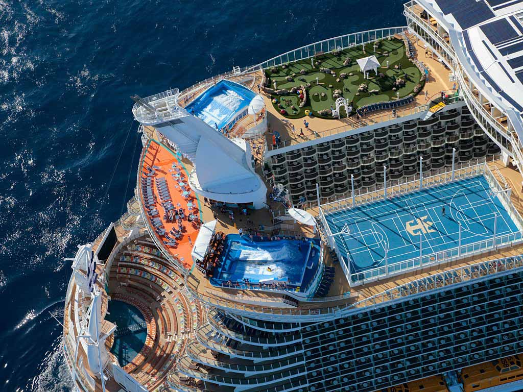 9_Allure-of-the-Seas.jpg