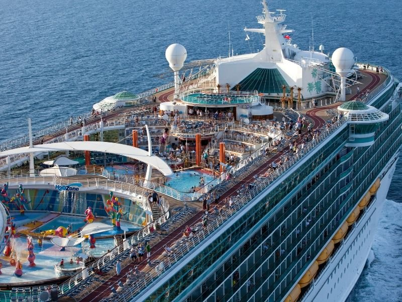 Aerial-Shot_Freedom-of-the-Seas_Royal-Caribbean-International.jpg